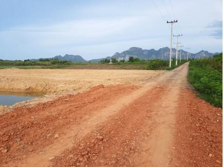 Plot 1 rai with waterway for sale in Pranburi