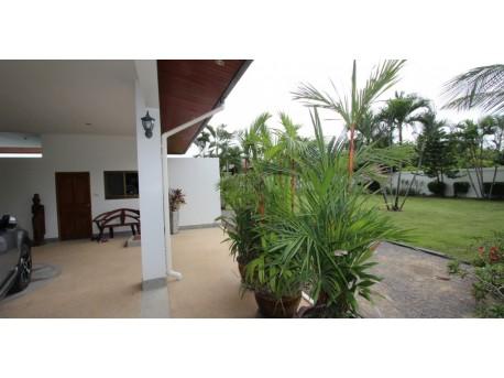 For sale 4 bedroom pool villa in Hua hin soi 6