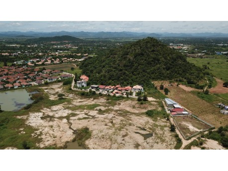 Land 1 rai for sale in Hua hin Red mountain
