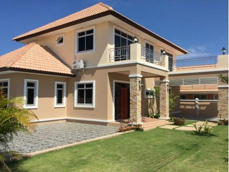 Pool House in Huahin