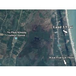 Terrain 3.5 rai in Bang Saphan face à la mer