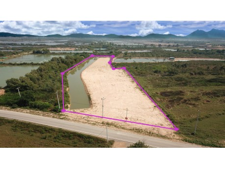 Land 6 rai for sale in Pranburi